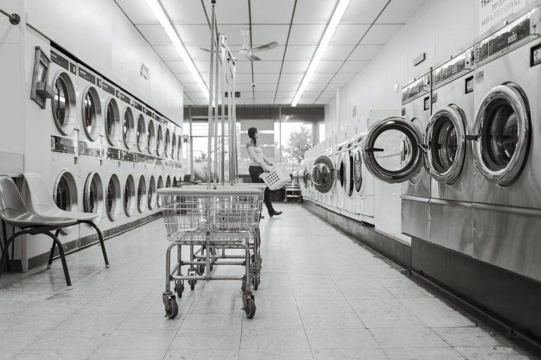 E se c'è crisi… perché non avviare una lavanderia a gettoni?