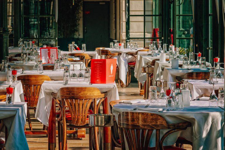 A tavola con eleganza: come si apparecchia