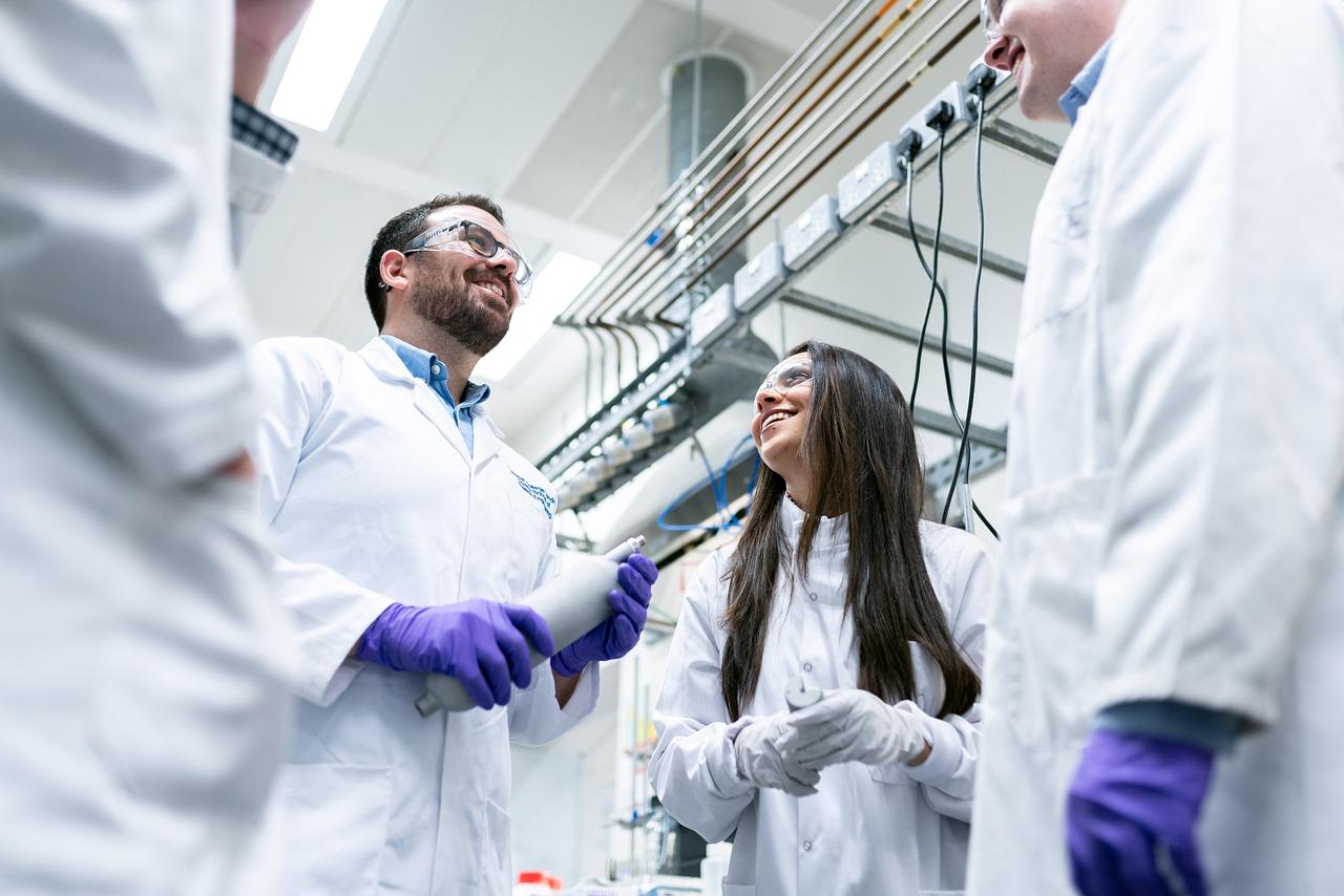 Nuove prospettive dell'automazione chimica e industriale