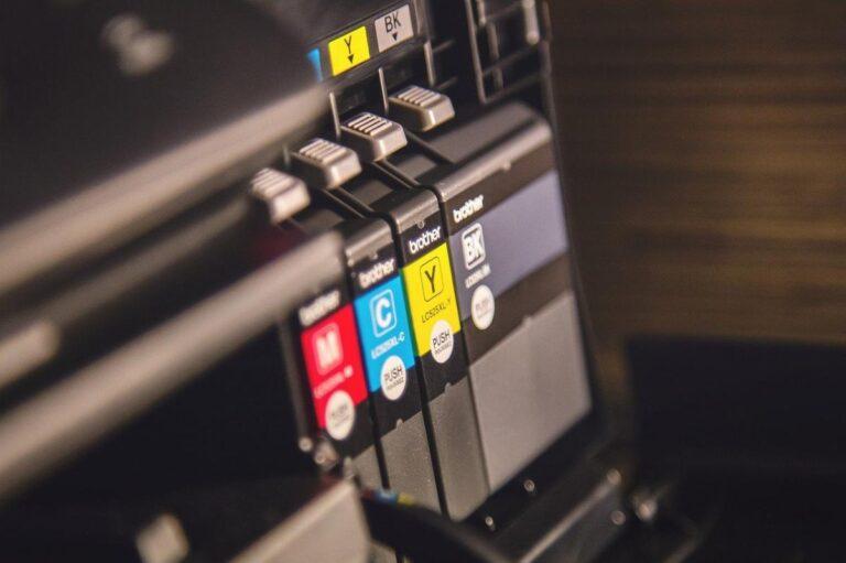 Come risparmiare l'inchiostro della stampante e spendere meno
