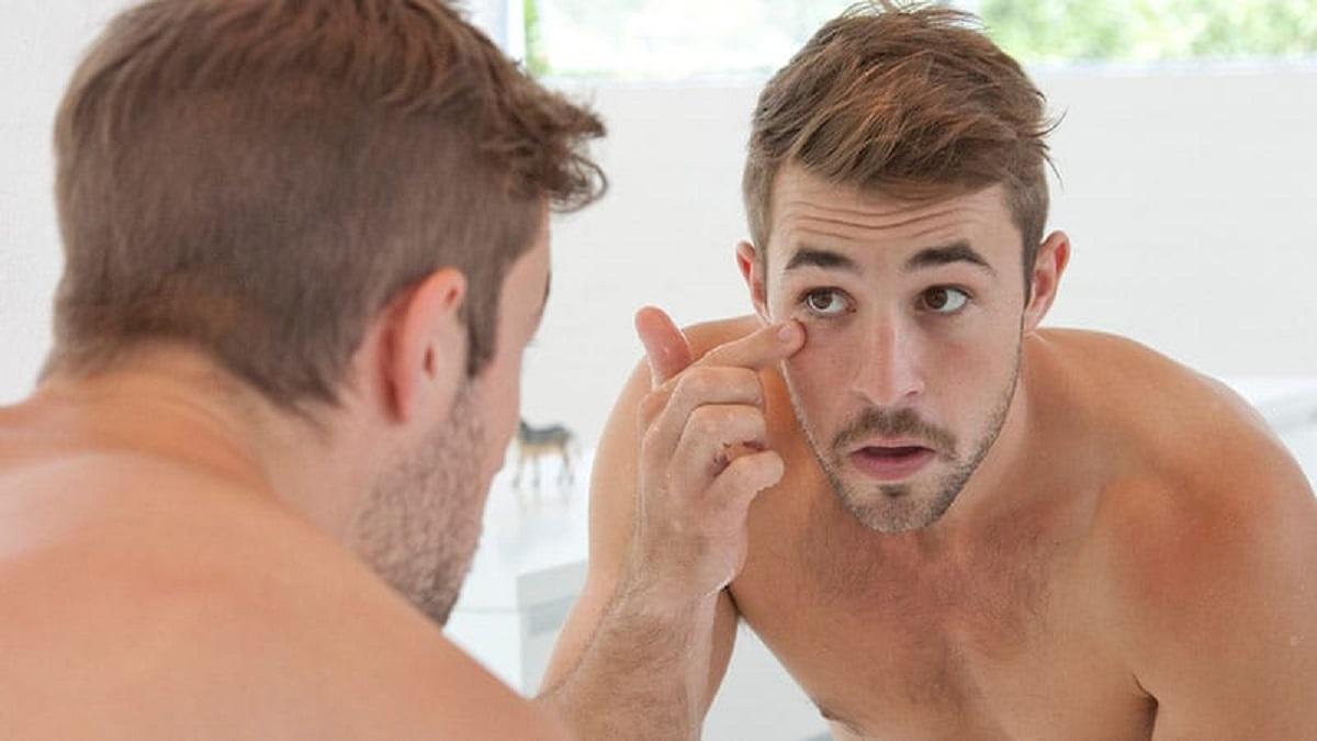 Cosmetica, gli uomini ora spendono più delle donne